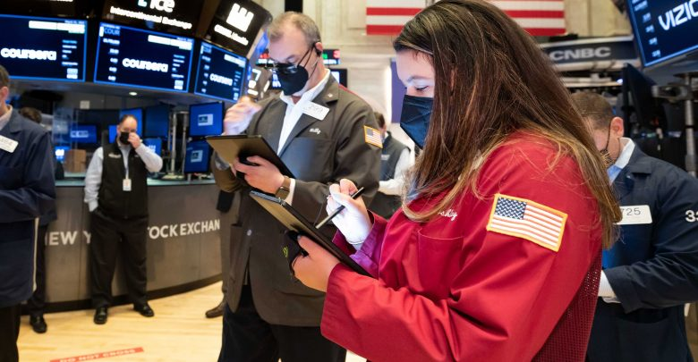 5 things you should know before the stock market opens on Thursday April 1st