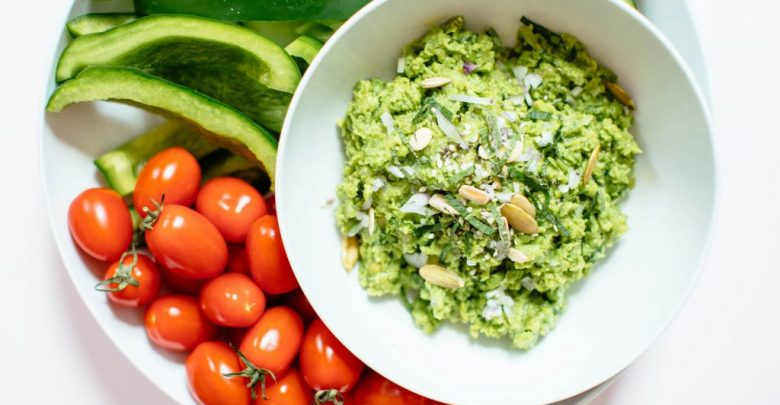 Minty Spring Pea Dip    Nutrition Stripped®