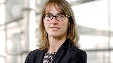Dr.Caroline Hargrove, Zedsen