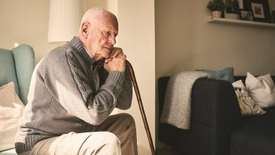 Persistent loneliness in midlife can lead to later dementia and risk of AD