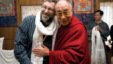 Clifford Saron and The Dalai Lama in 2009.