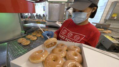 Do vaccination incentives work?  Krispy Kreme says freebies helped