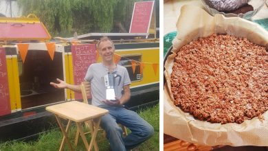 Vegan cafe-canal boat heads to Leighton Buzzard for the weekend