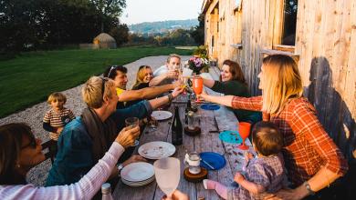 Die 10 besten Bauernhofaufenthalte in Irland – mit Frühstück, Tierbegegnungen und holzbefeuerten Whirlpools